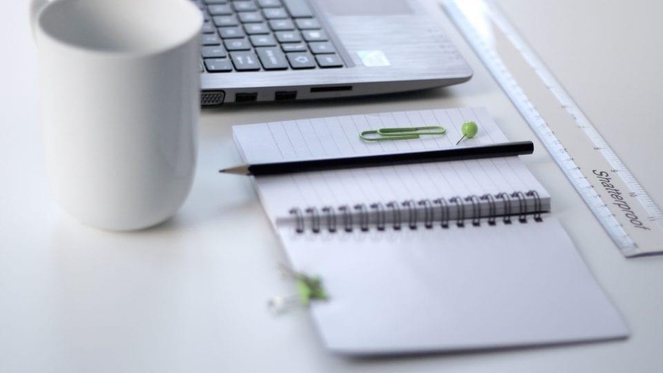 organised business desk
